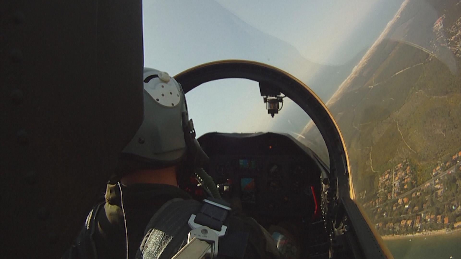 Vol en L-39 en France