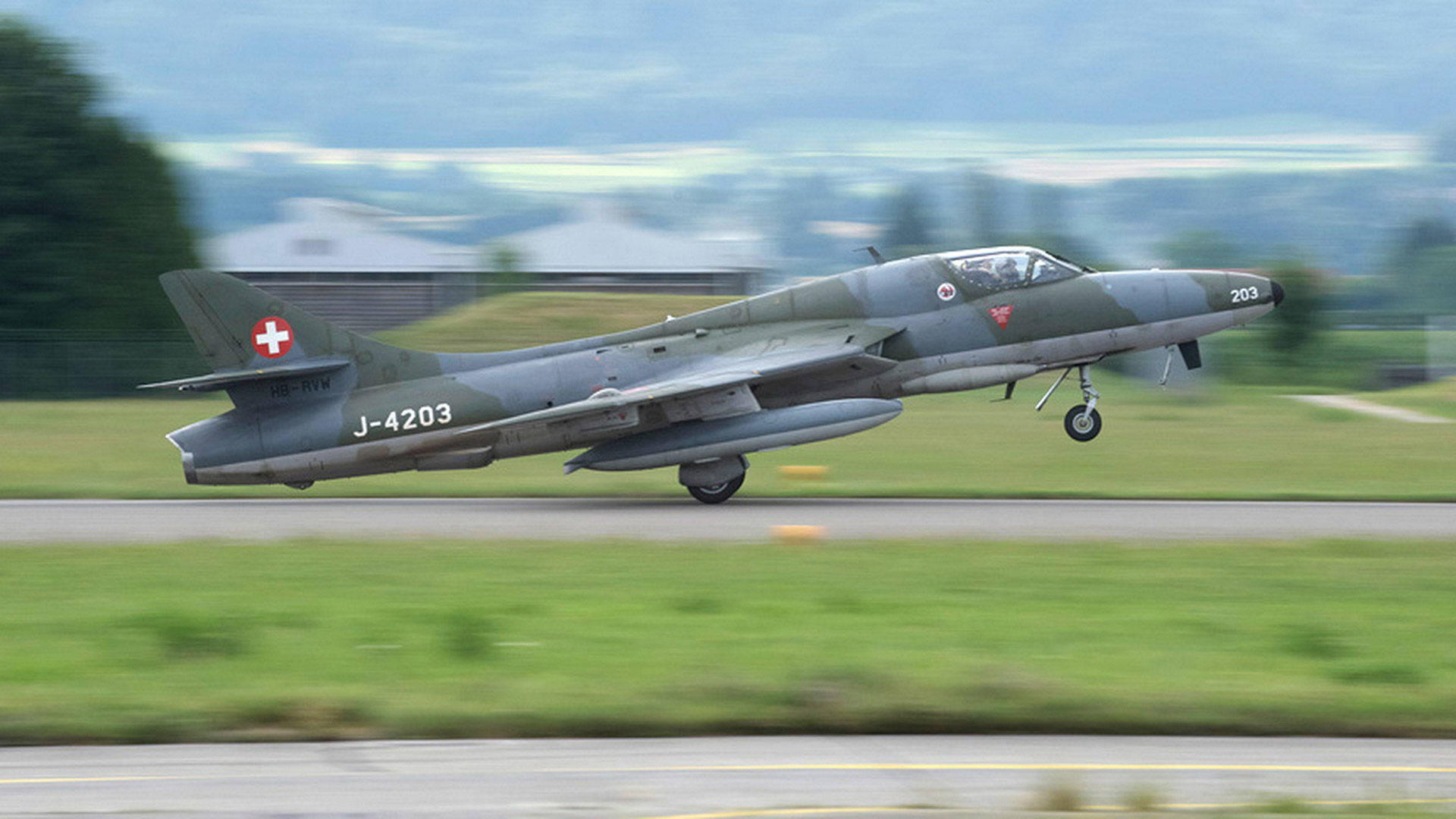 Vol en Hawker Hunter en Suisse